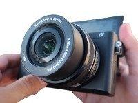 Cámara Sony Alpha 6400. Una de las que usa Romuald Fons para su canal en YouTube